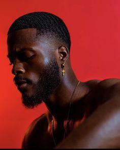 Gorgeous Black Men, Cute Black Guys, Black Love, Colour Gel Photography, Man Photography, Black Men Hairstyles, Haircuts For Men, Black Man Photos, Waves Hairstyle Men