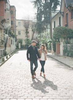 A spring couple session in the streets of Paris by Greg Finck