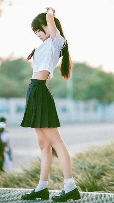 Female Pose Reference, Pose Reference Photo, Human Reference, Drawing Reference Poses, Cute Asian Girls, Cute Girls, Japonese Girl, School Girl Japan, Girls School