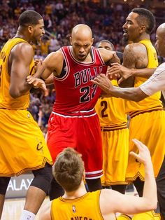 Taj Gibson's ejection epitomizes Bulls' frustration