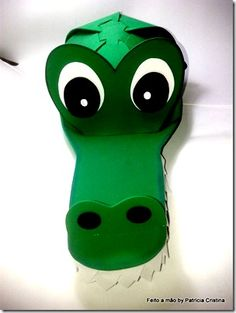 manualidades gorros y visera de cocdrilo (5) Crocodile Craft, Crocodile Costume, Alligator Costume, Alligator Party, Clever Halloween Costumes, Halloween Kids, Halloween Crafts, Crazy Hat Day, Crazy Hats
