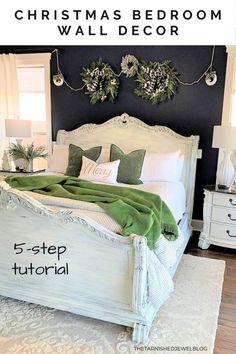 Need a quick Decor, Beautiful Bedrooms Master, Bedroom Themes, Wall Decor Bedroom, Holiday Bedroom, Christmas Guest Room, Christmas Bedroom, Bedroom Wall, Bedroom