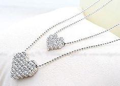 Qué tal este Collar de Corazón Doble? :)  Encuentralo en:  http://www.ilovetrendy.co/collares/144-collar-corazon-doble.html  SÍGUENOS EN FACEBOOK https://www.facebook.com/ilovetrendy.co   y en TWITTER: @I_Love_Trendy