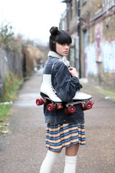 Skater Girl Style, Skater Girl Outfits, Skater Girls, Roller Disco, Roller Derby, Roller Skating, Fashion Socks, Girl Fashion, Skate Photos