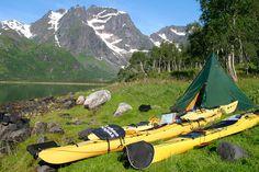 Lofoten Aktiv leverer gode opplevelser året rundt i Lofoten. Havkajakk, kurs, fjellturer, skiturer og sykkelturer.