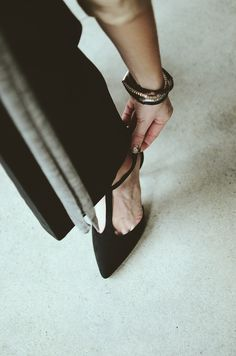 Mammazine Black outfit
