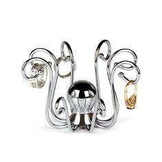 Organize and store your rings in Umbra's innovative ring holders. Featuring our giraffe ring holder, brass cat ring holder, and more animal ring holders to discover. Jewelry Closet, Jewelry Rack, Jewelry Tree, Jewellery Storage, Jewelry Box, Giraffe Ring, Octopus Ring, Octopus Jewelry, Ring Storage