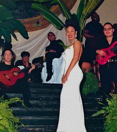 Selena Quintanilla Perez, Selena Gomez, Famous Celebrities, Celebs, Famous Hispanics, Selena Pictures, Pop Rock Music, Queen Pictures, Hip Hop And R&b