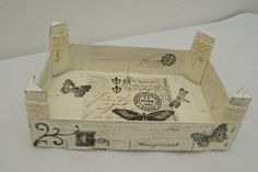 caixa papallones Wooden Crates, Shabby Vintage, Country Chic, Box, Collages, Repurposed, Diy And Crafts, Stencils, Painting