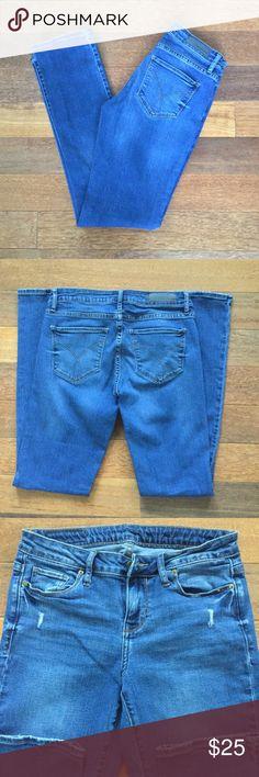 Women's Calvin Klein Jeans Calvin Klein Jeans Width- 27 Length- 32 Straight leg Calvin Klein Jeans Straight Leg