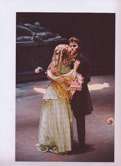 LUCIA DI LAMMERMOOR Opéra d'Avignon : LAURENCE JANNOT, ROBERTO ALAGNA : ce fut le couple parfait, jeunesse beauté, voix parfaites !