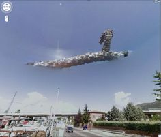 Google Earth finds alien spacecraft