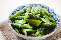 Making this as one of my side dishes for dinner tonight. Quick and easy asparagus recipe. How to cook asparagus spears perfectly, dress with olive oil, Parmesan, and lemon zest. Easy Asparagus Recipes, How To Cook Asparagus, Vegetable Recipes, Fresh Asparagus, Parmesan Asparagus, Vegetable Quiche, Steamed Asparagus, Asparagus Salad, Side Dish Recipes