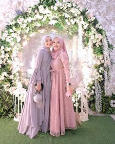 Dress Brukat, Kebaya Dress, Dress Pesta, Batik Dress, Hijab Gown, Hijab Dress Party, Muslim Fashion, Hijab Fashion, Fashion Outfits