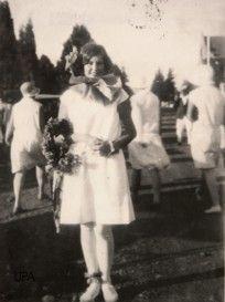 Jool het begin in die 1920s en die eerste Jool koningin is gekroon in 1929.