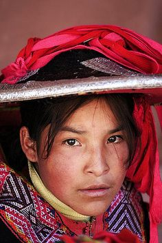 Peruvian girl - Photo by Maksid, via Flickr