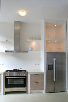 Whitewash keuken Koak Design Ikea kasten met eiken houten fronten en ingefreesde handgrepen08
