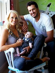 Mmmm...Luke Bryan. Seriously, that kid is going to be gorgeous! I mean, look at the genes he's working with!