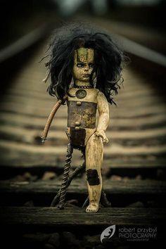 Memento mori doll Halloween post apo creepy doll