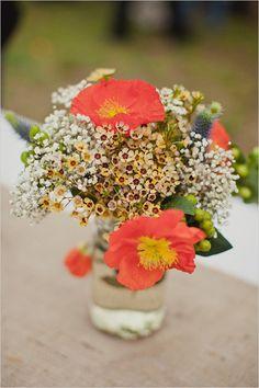 simple floral decor #weddingdecor #weddingreception #weddingchicks http://www.weddingchicks.com/2014/02/11/blue-and-coral-backyard-wedding/