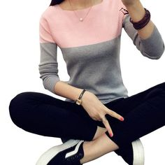 Classy ladies fashion and style Winter Sweaters, Sweaters For Women, Pants For Women, Clothes For Women, Women Sleeve, Sweater Fashion, Fashion 2020, Street Fashion, Latest Fashion Trends
