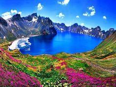 Montanha Changbai Mountain na divisa entre Coréia do Norte e China...