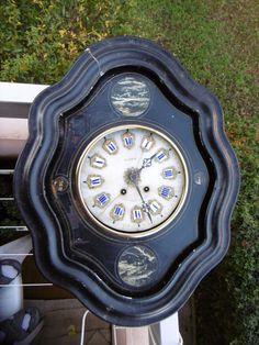 Pendule,horloge ancienne XIXE oeil de boeuf Napoléon III marqué?signé? à voir!