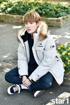 Wanna-One - Ha Sungwoon Sung Hoon, Ji Sung, Produce 101 Season 2, Lee Daehwi, Ong Seongwoo, Kim Jaehwan, Ha Sungwoon, Getting Back Together, 2 Boys