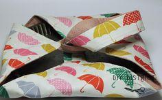 Porte tarte, sac à tarte, porte plat fait main en tissus Japonais. Sac pour transporter le plat ou tarte, 100% fait main en tissu Japonais matelassé. Stable, facile à utiliser. www.diydistrict.com