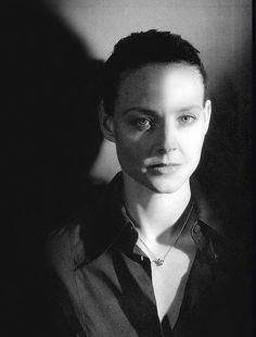 Jodie Foster-Strikingly beautiful