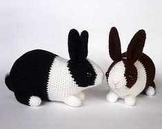 Dutch Rabbits (Crocheted pattern for sale on Ravelry)
