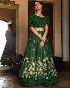 Indian Wedding Gowns, Party Wear Indian Dresses, Party Wear Lehenga, Designer Party Wear Dresses, Indian Gowns Dresses, Indian Bridal Outfits, Indian Bridal Fashion, Indian Fashion Dresses, Dress Indian Style