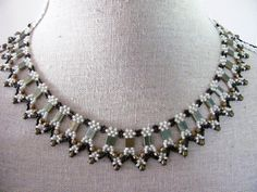 Name: 'Jewelry : Beadwoven 'Amarna' Collar necklace Beaded Collar, Collar Necklace, Beaded Necklace, Beaded Bracelets, Pendant Necklace, Beaded Jewelry Patterns, Beading Patterns, Beading Ideas, Bead Weaving