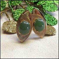 Vintage Jadeite Cufflinks Etched Gold Frames Mens Jewelry $95