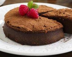 Moelleux au cacao amer en poudre et à la purée de pommes de terre spécial chrononutrition : http://www.fourchette-et-bikini.fr/recettes/recettes-minceur/moelleux-au-cacao-amer-en-poudre-et-la-puree-de-pommes-de-terre-special