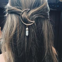 New Fashion Women's Cresent Moon Hair Clips Quartz Hexagon Natural Stone Bullet Prism Charm Hairpin Gifts Pop Hair Jewelry Hair Jewelry, Boho Jewelry, Jewelry Accessories, Jewellery, Bohemian Hair Accessories, Fashion Jewelry, Jewelry Ideas, Fashion Accessories, Women Jewelry