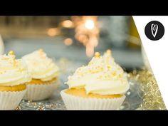Inspirációk Magazin - Csorba Anita - YouTube Muffin, Youtube, Desserts, Food, Tailgate Desserts, Deserts, Essen, Muffins, Postres