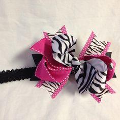 Pink & zebra baby girl bow #bjsbowbows #headbandbow #zebra #pinkandzebra #bow #hairbow #babybow