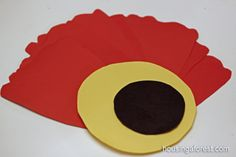 Giant Paper Poppy Flower ~ Remembrance Day Craft Georgia Okeefe, School Displays, Anzac Day, Remembrance Day, Art Projects, Project Ideas, Veterans Day, Fall Crafts, Paper Flowers
