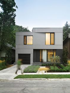 Completed in 2015 in Toronto, Canada. Images by Ben Rahn / A-Frame, Scott Norsworthy. Kaleidoscope House, designed by architect Paul Raff, was built for a family of four located in the Chaplin Estates neighbourhood of central Toronto. ...
