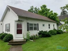 NICE AFFORDABLE HOME WITH 2 BEDROOMS AND 1 BATH ON A BASEMENT. HOUSE IS CURRENTLY RENTED FOR $500/MO. MAKE A GREAT INVESTMENT OR FIRST TIME HOME. PAYMENT CHEAPER THAN RENT. ESTATE SALE NO DISCLOSURES. SET YOUR APPOINTMENT UP TODAY. Ohio Real Estate, Basement House, Bedrooms, Shed, Outdoor Structures, Bath, Nice, Outdoor Decor, Home Decor