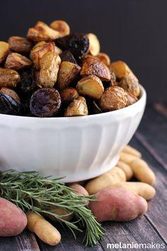 Roasted Balsamic Rosemary Potato Salad | Melanie Makes melaniemakes.com