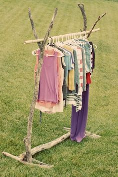 diy Wood Clothing Rack  I love this idea for quilts and blankets