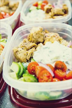 Chicken Bowls (Meal Prep Easy) Greek chicken meal prep bowls are easy to make and deliciously healthy.Greek chicken meal prep bowls are easy to make and deliciously healthy. Lunch Meal Prep, Meal Prep Bowls, Easy Meal Prep, Healthy Meal Prep, Healthy Snacks, Healthy Eating, Healthy Dinner Recipes, Cooking Recipes, Keto Recipes
