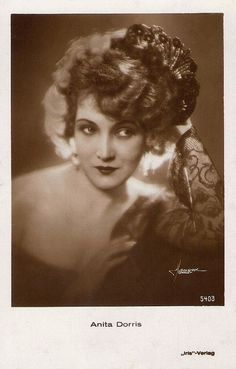 Anita Dorris, German stage and silent screen star