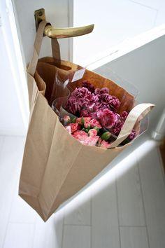 Kodin1, Vierasblogi homevialaura, Tee oma kukkakimppu tai -koriste lahjapakettiin #elamanikoti