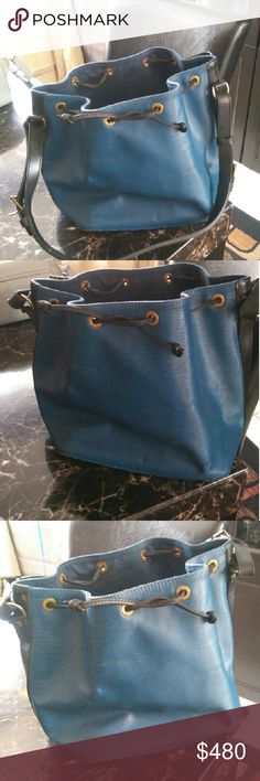 Louis Vuitton in the epi print PRI loved good condition very lovely blue Eli Louis Vuitton Bags