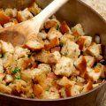 Con esta receta podrás preparar un relleno de pavo muy rico, no importa como lo quieras preparar porque se lleva con pavos dulces y salados.