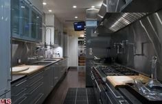 jennifer aniston gourmet kitchen - an INDUSTRIAL look and feel.