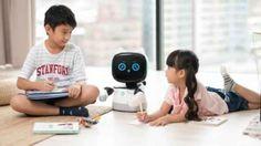Ecco i robot più interessanti presentati al MWC 2019 FABRIZIO FERRARA - Al MWC 2019 di Barcellona si è parlato molto di 5G, con disversi utenti che si son chiesti a cosa potesse servire una connessione così veloce, visto che gli smartphone funzionano più che bene persino col 3G.Il punto è che tale connessione, più che per gli smartphone, è nata per altri scopi, come appunto l'assistenza remota tramite i robot, o il controllo - sempre a distanza - d #robot Robot, Gadgets, Smartphone, Proposal, Robots, Gadget